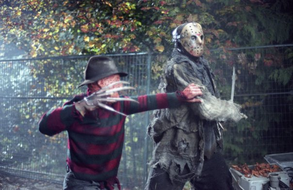 Fight-in-the-Real-World-freddy-vs-jason-23040077-800-521